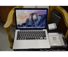 Apple MacBook Pro Retina 15,4 i7-2.3GHz 8GB 256GB