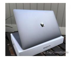 Apple MacBook Pro 15,4 e Touch bar (meados de 2017, espaço cinzento)